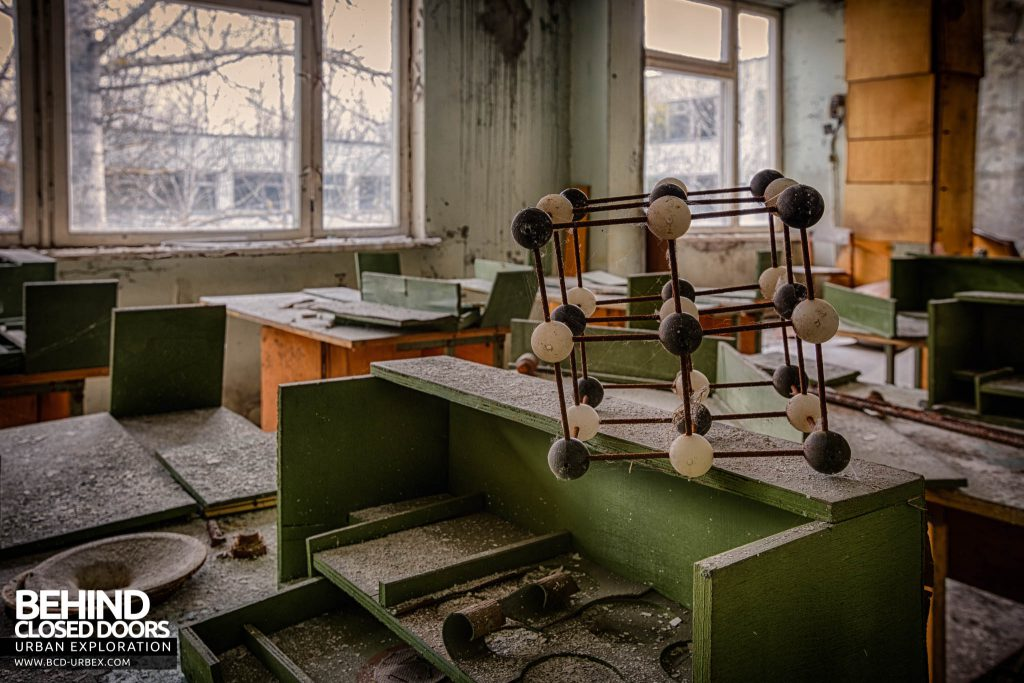Pripyat Schools and Nurseries - Science lesson