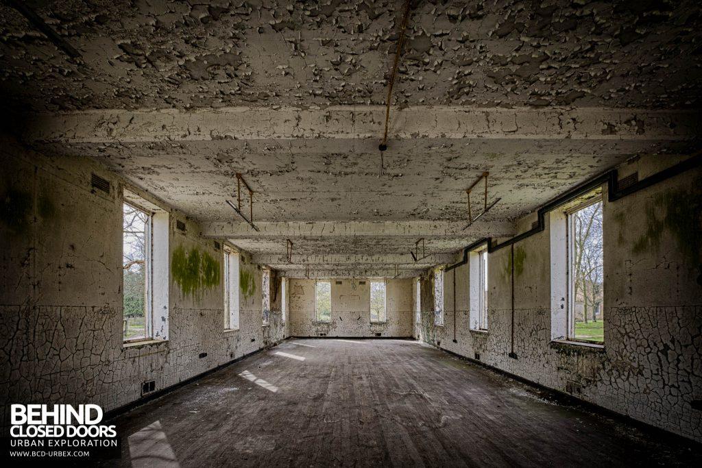 RAF Upwood - Large Room