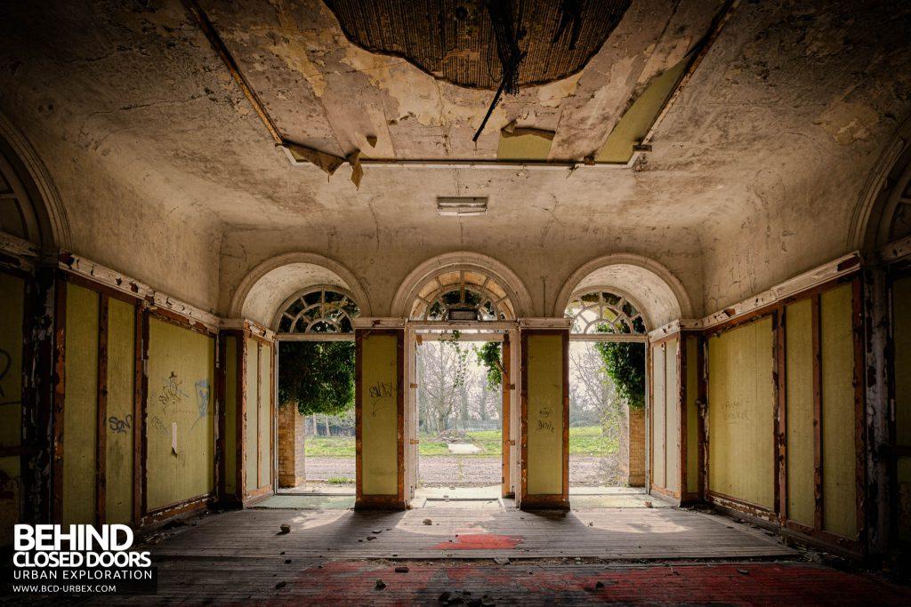 RAF Upwood - Arched Entrance