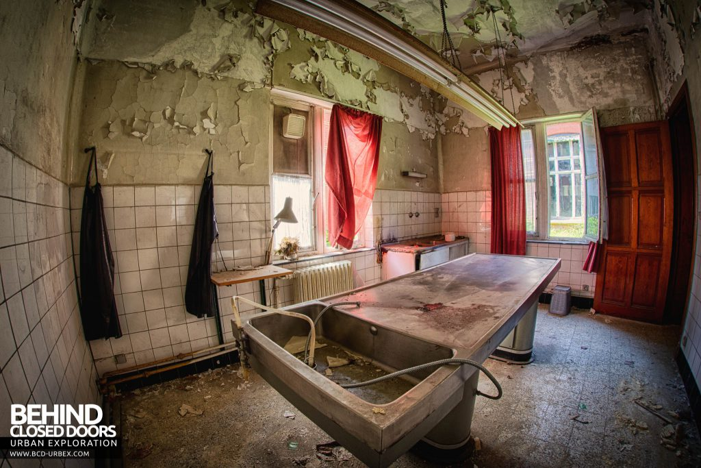 Salve Mater Psychiatric Hospital - Fisheye shot showing the whole morgue