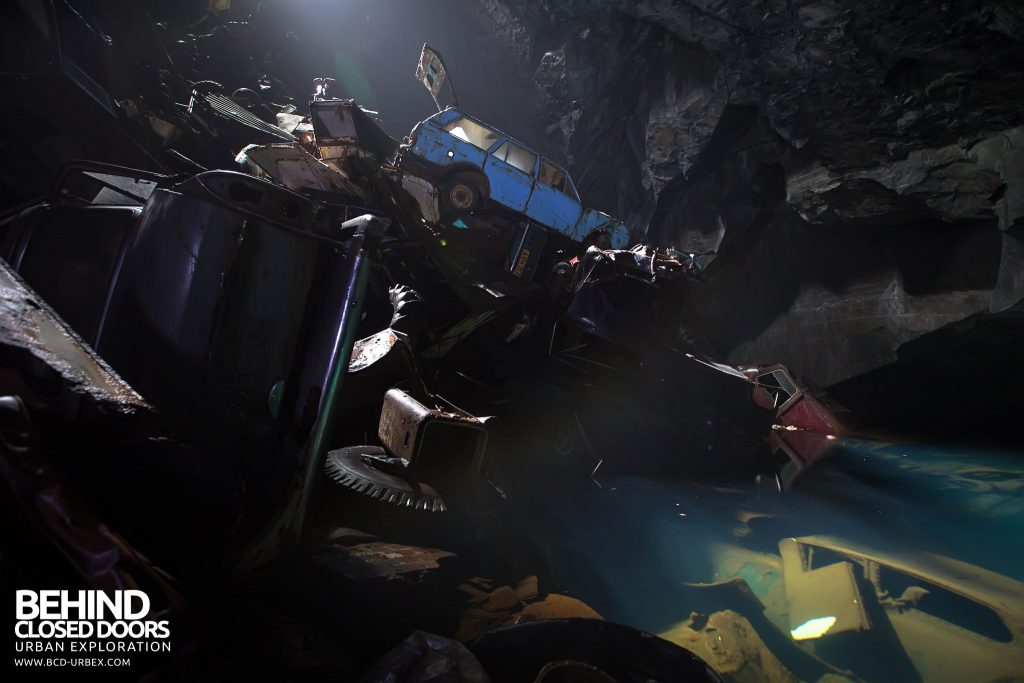 Cavern of the Lost Souls - Closer view of the huge pile of cars