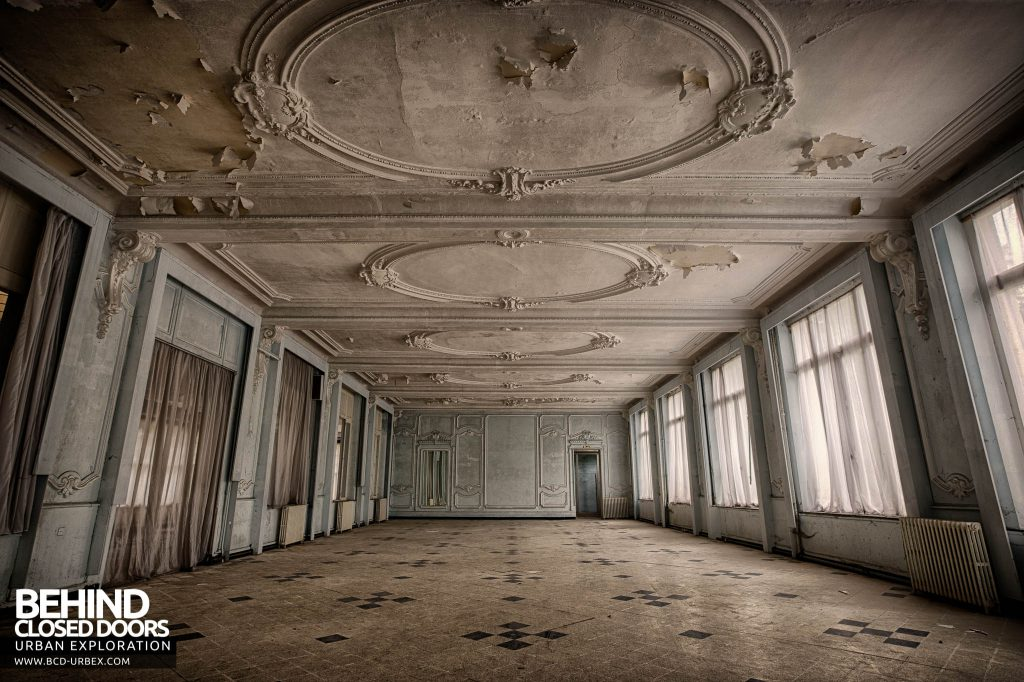 Hotel Thermale - The ballroom