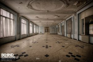 Hotel Thermale - The ballroom from the other end