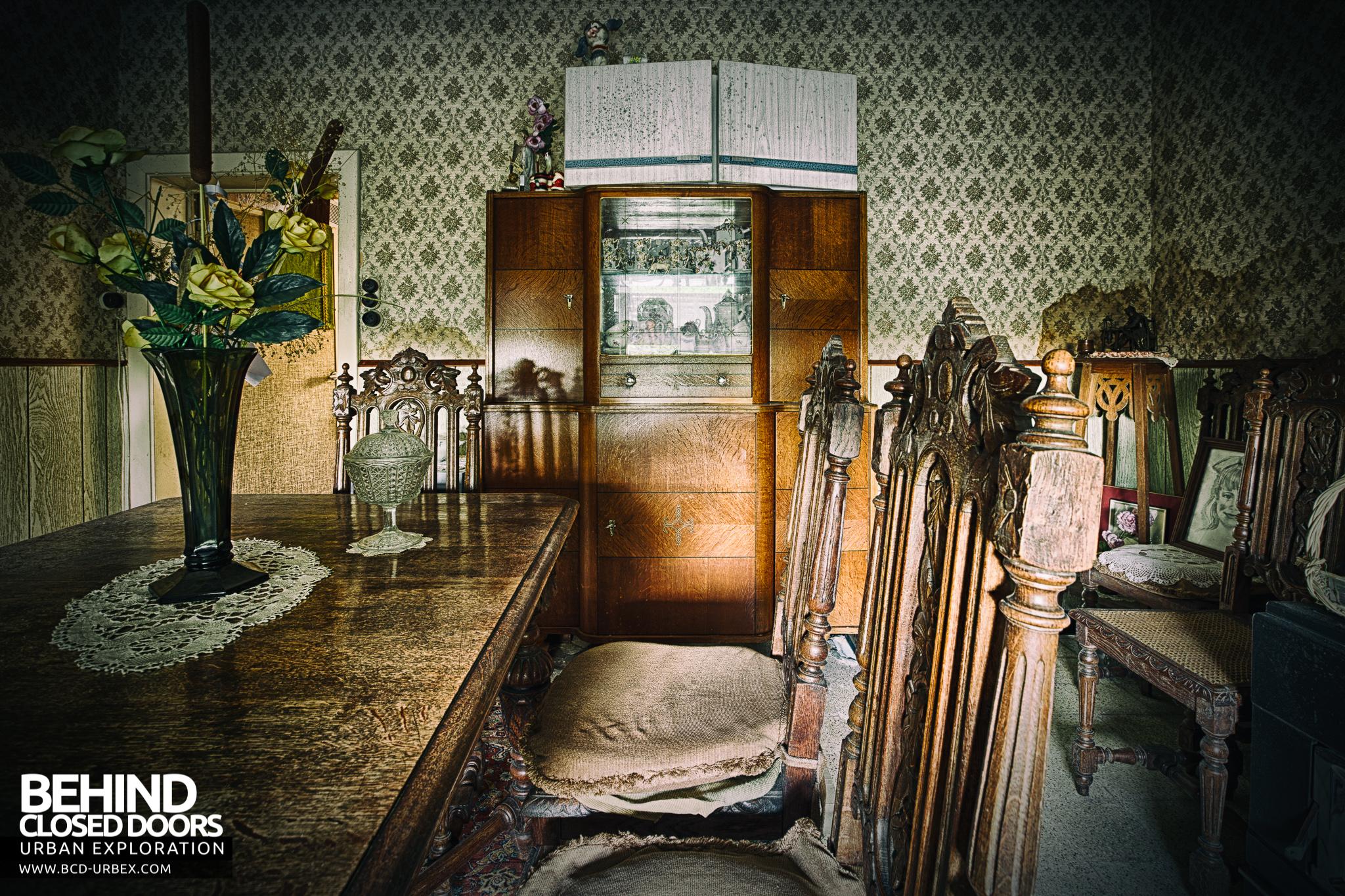 Maison Sweet Home Abandoned House Belgium 187 Urbex