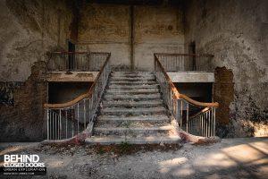 CCCP Flight School - Top of the stairs
