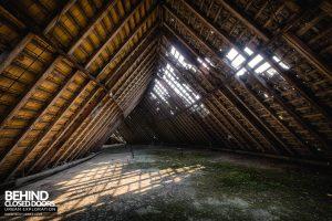 CCCP Flight School - Under the roof