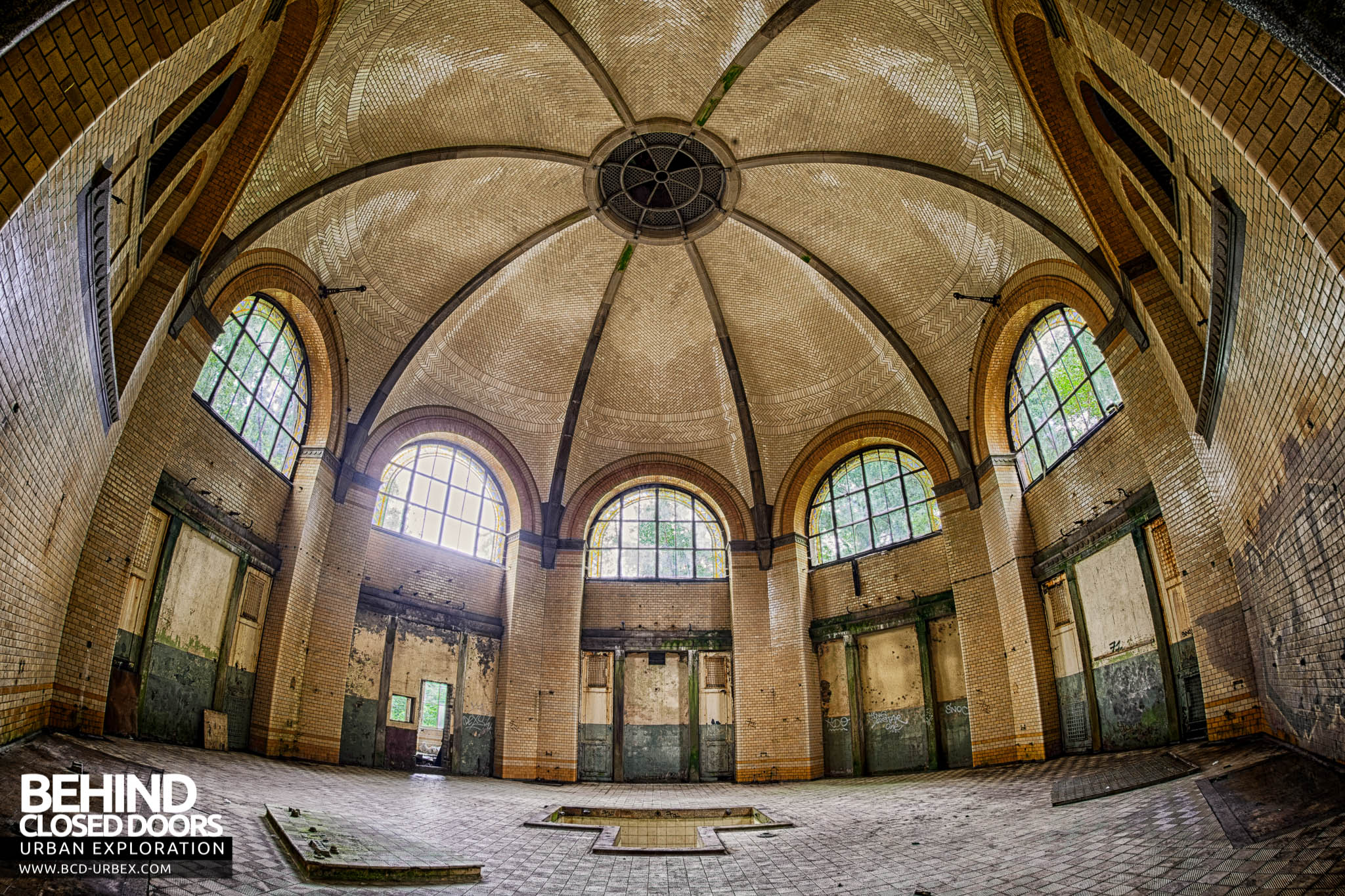Beelitz Heilstatten Bath House The Main Bathing Room With Tiny Plunge Pool