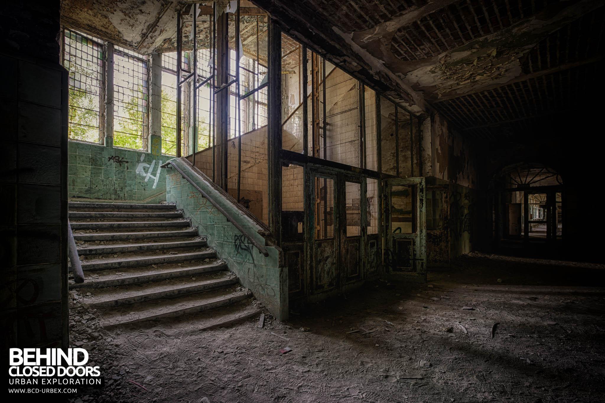 Behind Closed Doors : Beelitz heilstätten women s lung hospital germany