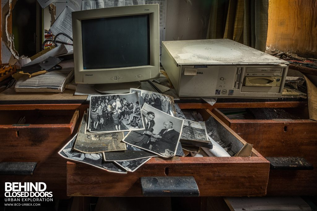 Fletchers Paper Mill - Photos in a drawer of a computer desk