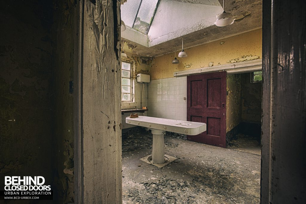 Maids Morgue - Through door into examination room