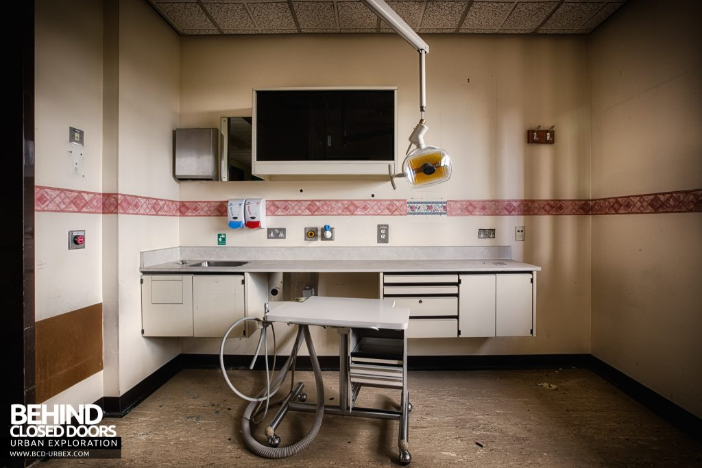 RAF Upwood Clinic - Dental surgery room