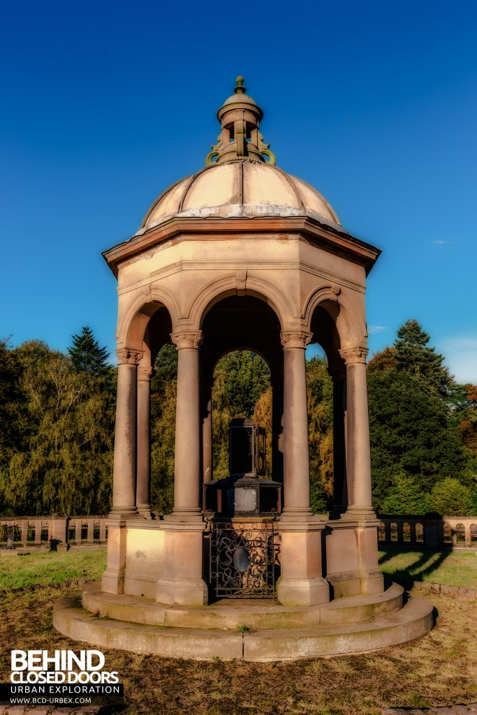 Swithland Reservoir - Gazebo on top