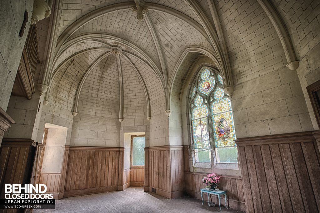 Château Japonais, France - The small chapel inside the house