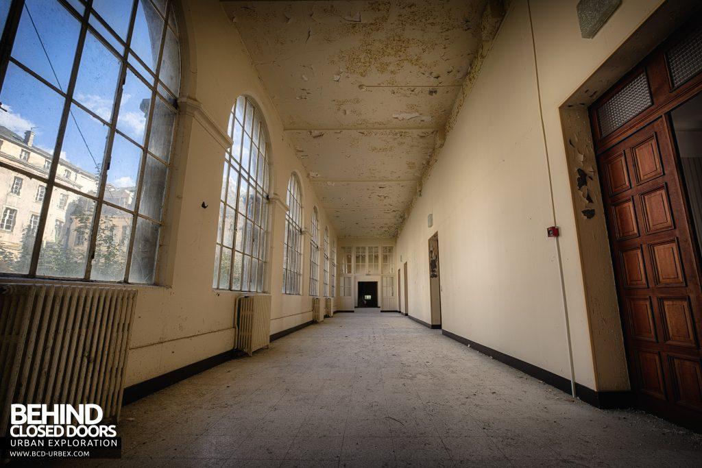 Hospital Plaza - One of the many corridors