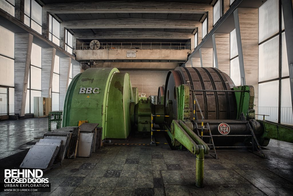 Bergwerk West Friedrich-Heinrich, Germany - Side view of winders and motors