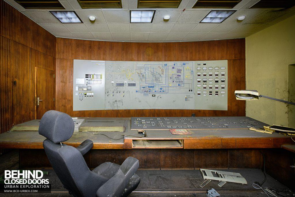 Bergwerk West Friedrich-Heinrich, Germany - Inside a control room