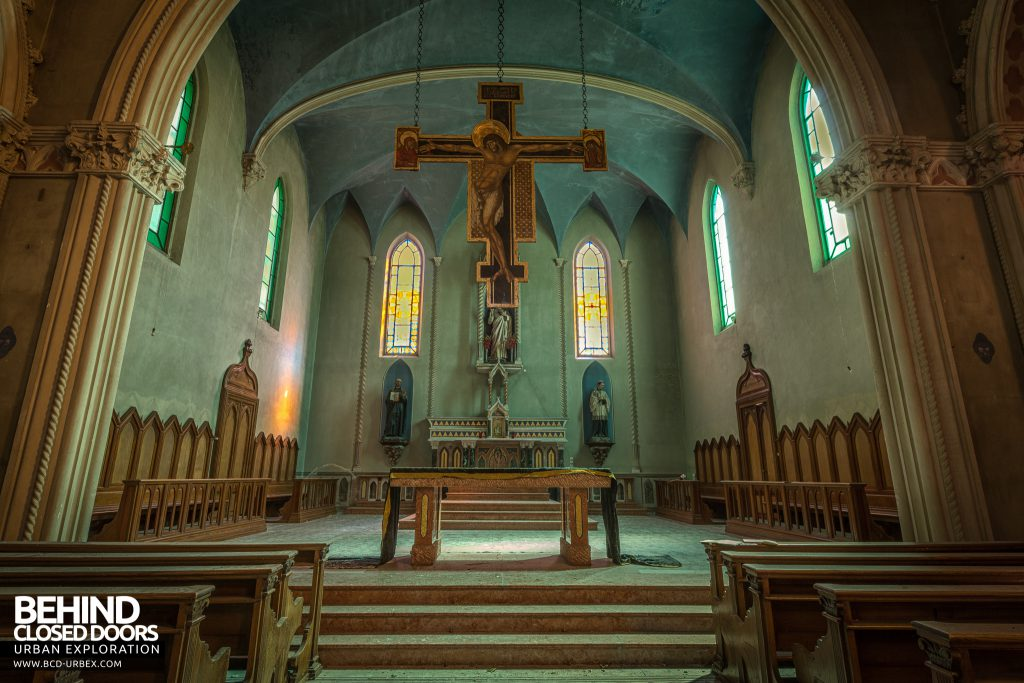 Blue Chapel Monastery, Italy - Huge cross suspended above the altar