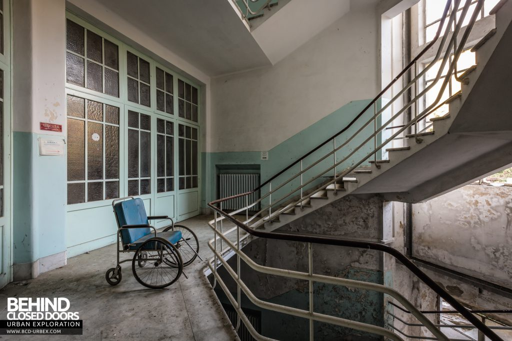 Hospital SC, Italy - Wheelchair on the stairs