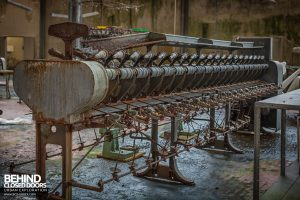 Knitting Factory, Italy - Machinery