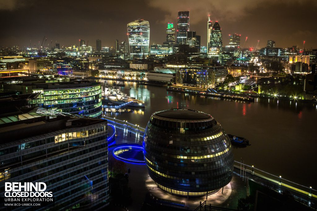 London Rooftops - London City, The Thames and The Mayor of London's Office