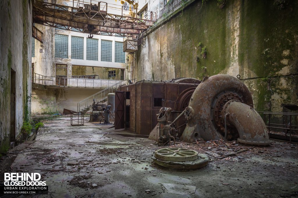 Centrale Idroelettrica, Italy - another view of the hydroelectric turbine