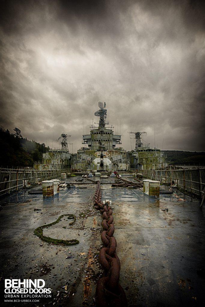 Atlantic Ghost Fleet - Chain on deck