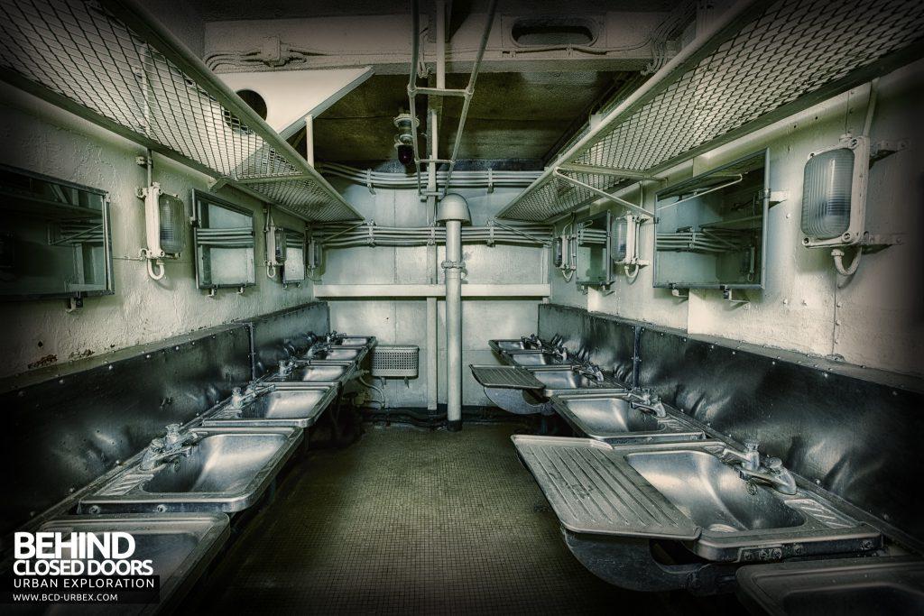Atlantic Ghost Fleet - Room full of sinks