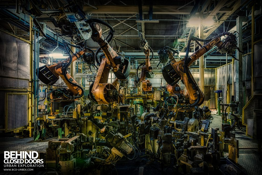 Ford Plant, Swaythling - The dance of the machines