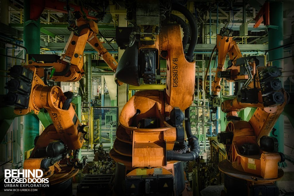 Ford Plant, Swaythling - Trio of robots