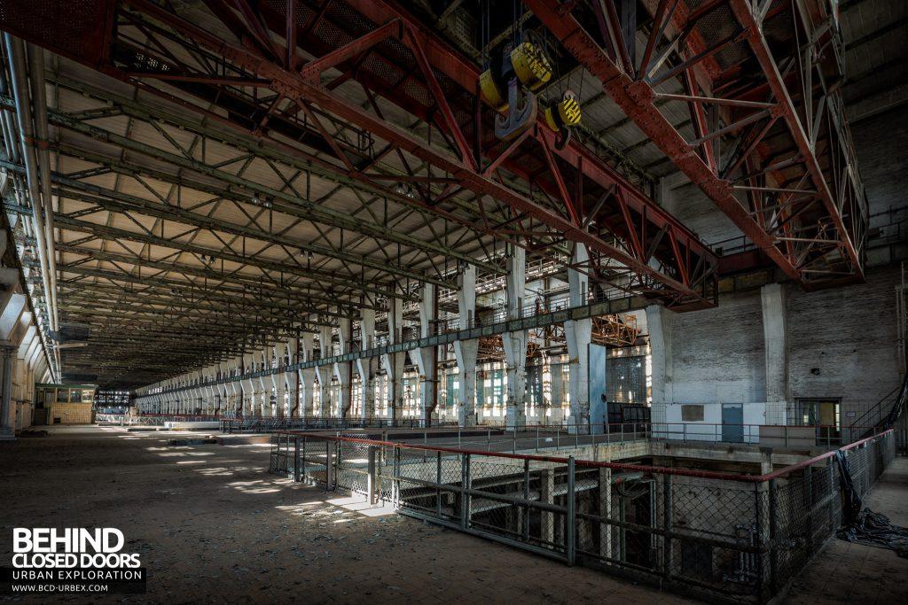 Kraftwerk V, Germany - The huge turbine hall