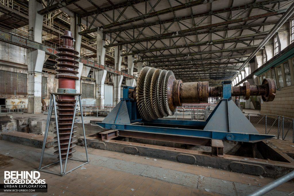 Kraftwerk V, Germany - Stripped back turbine blades