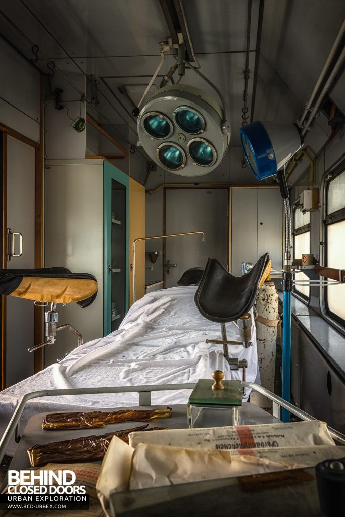 Medical Train, Germany - Treatment bed