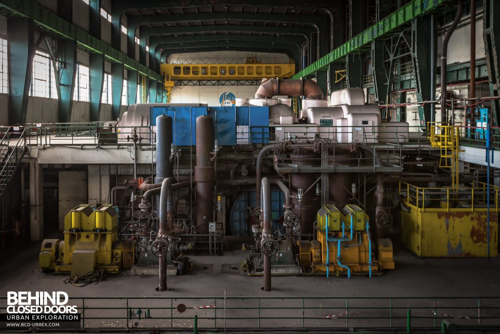 Richemont Power Plant - Machinery around turbine