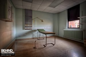 Selly Oak Hospital - Examination bed