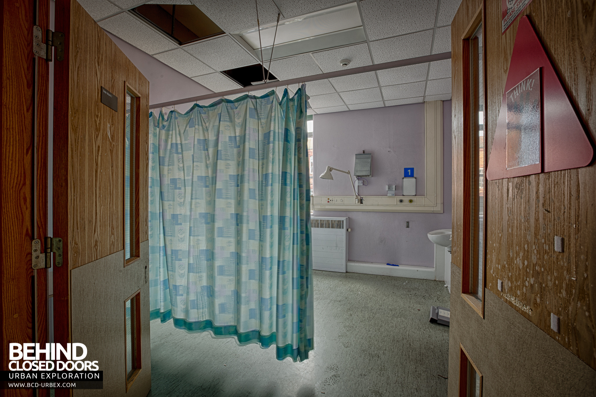 Selly Oak Hospital U2013 Curtain In A Room