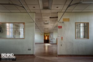 Selly Oak Hospital - Ward walls