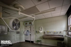 Selly Oak Hospital - Clinical room