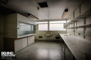 Selly Oak Hospital Mortuary - Lab room
