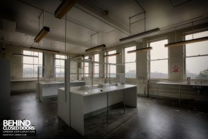 Selly Oak Hospital Mortuary - Laboratory