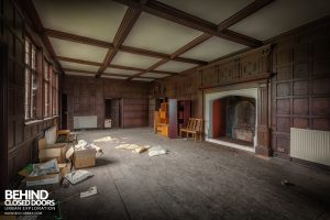 Pitchford Hall - Another timber clad room