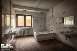 Psychiatrie V Germany - Bathroom