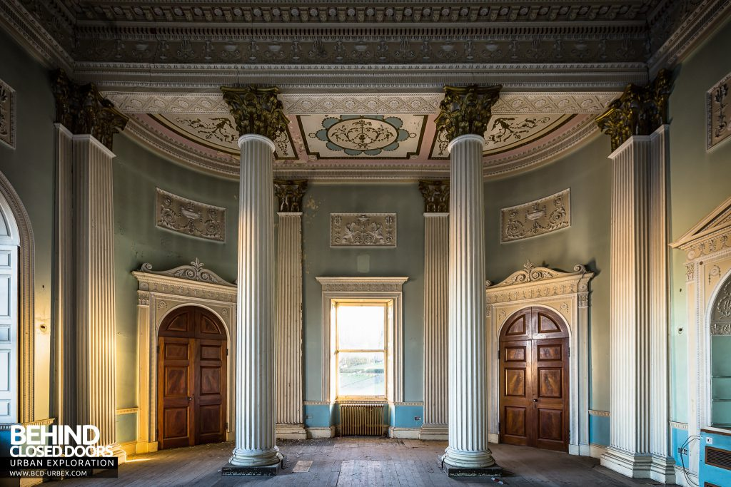 Buxton Crescent - Columns and doors in the assembly room