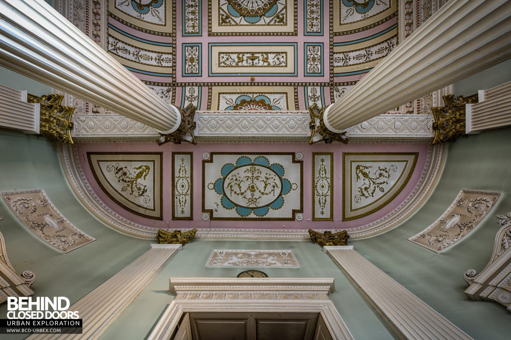 Buxton Crescent - Looking up the columns to the ornate ceiling