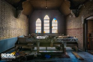 Rainbow Church, Netherlands - Side room