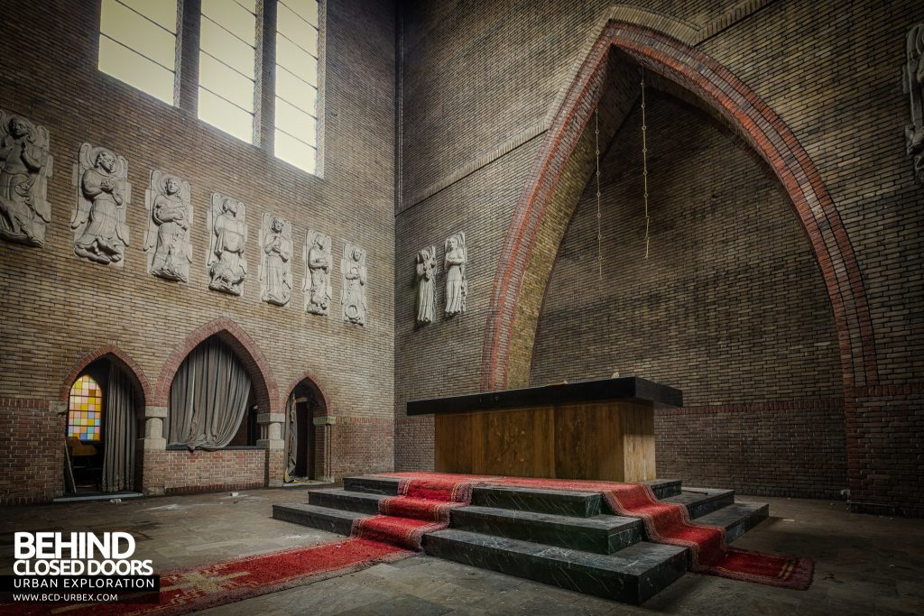 Rainbow Church, Netherlands - The altar in the sanctuary