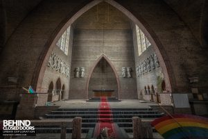 Rainbow Church, Netherlands - Wider view of altar