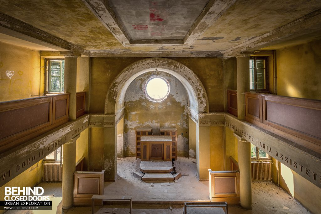 Red Cross Hospital, Italy - Chapel viewed from the balcony