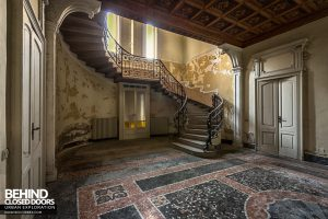 Villa Margherita, Italy - Entrance hall
