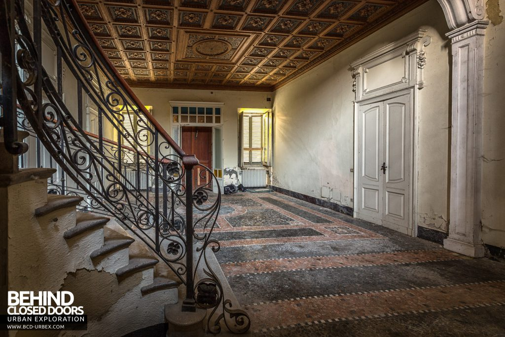 Villa Margherita, Italy - Entrance hall from behind the staircase