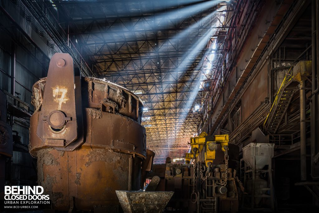 CSGD Steel Works, Belgium - A smelting pot of light